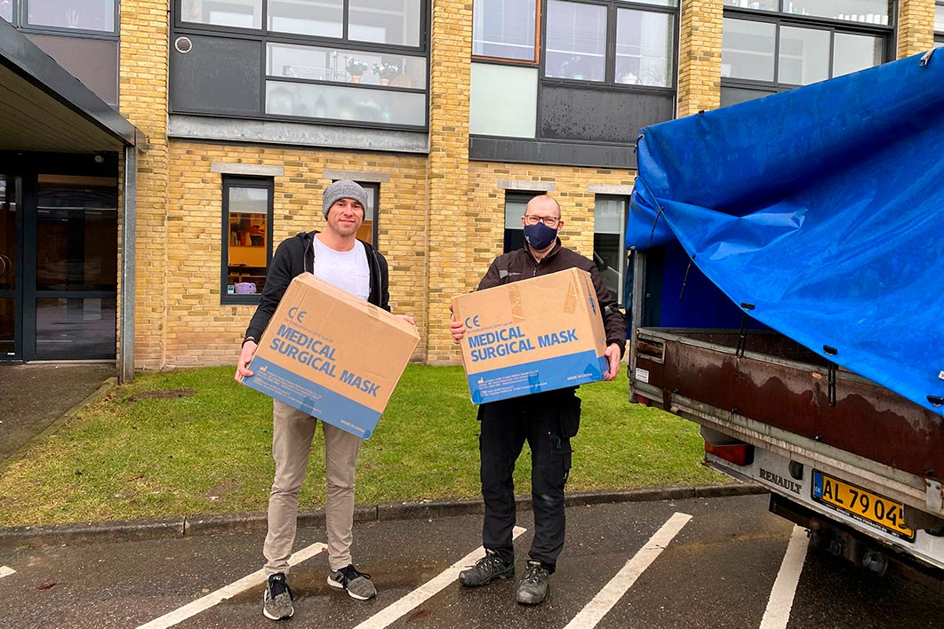Hornbaek donerer 30.000 mundbind
